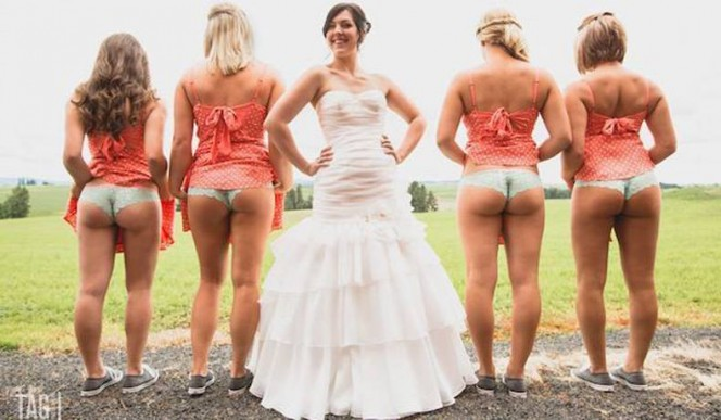 The latest trend in weddings is for bridesmaids to tweet their asses.