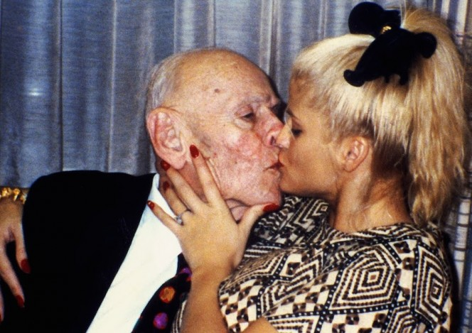 Anna Nicole Smith Kissing Husband J. Howard Marshall