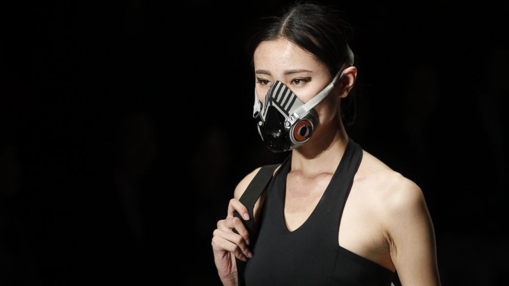 GTY_fashion_show_face_masks2_ml_141104_16x9_992