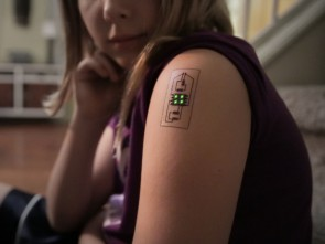 This tattoo can monitor your health.